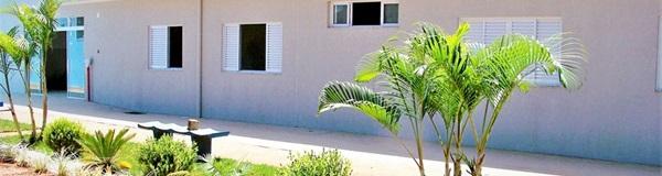 Abrigo São Vicente inaugura novo prédio com dezesseis apartamentos para idosos.